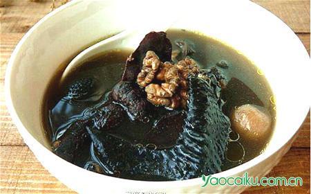 山萸肉核桃乌鸡汤