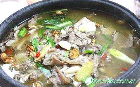 韭菜子炖狗肉